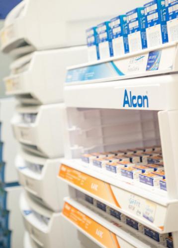contacts-alcon
